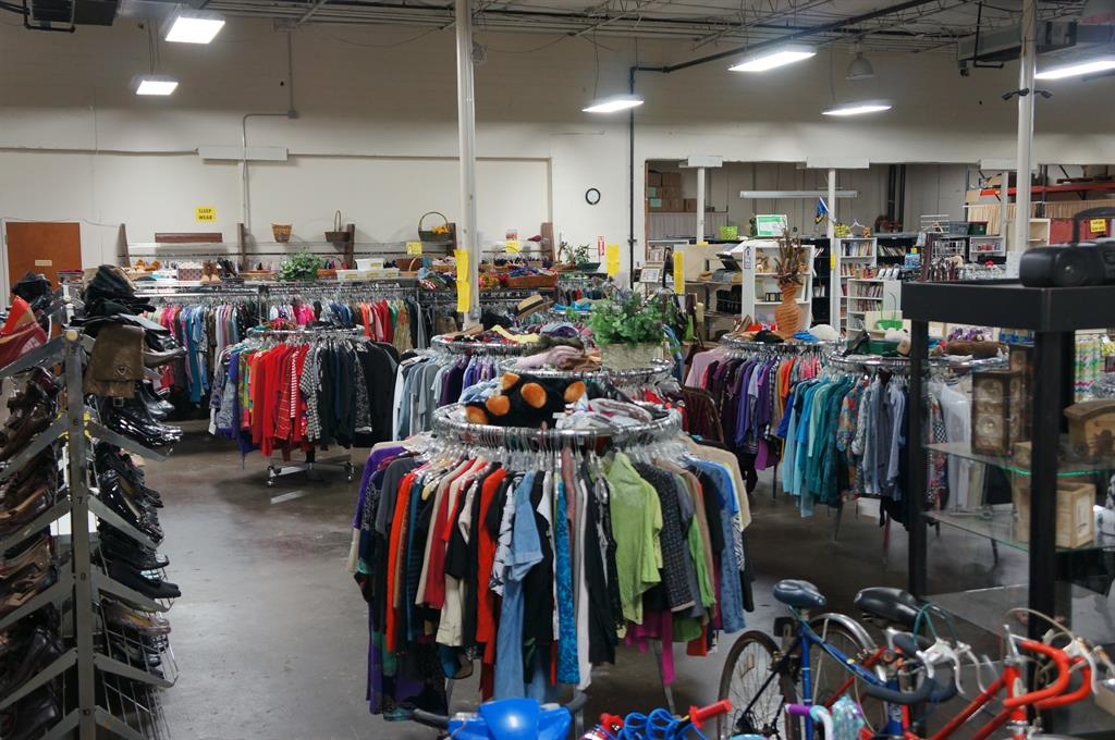 Furniture Thrift Stores Fort Worth Tx The Domestic Curator Furniture Buy Co